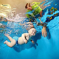 Røykenbadet har åpnet påmelding til nytt babysvømmingskurs!