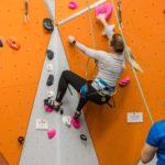 Hver søndag kan du komme og klatre med sikrer!